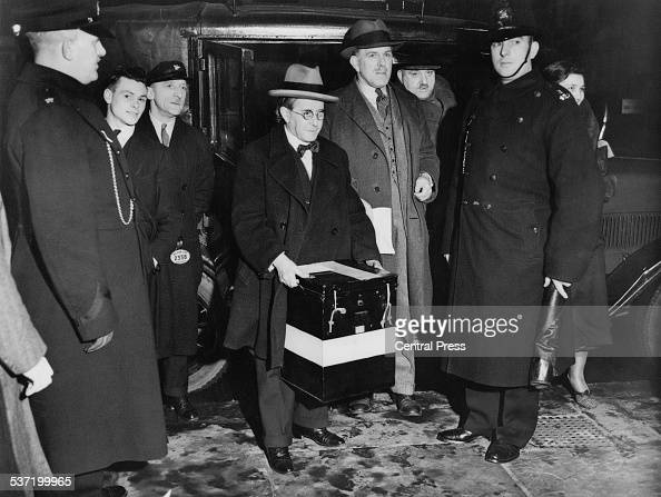 Ballot boxes arrive at Caxton Hall in Westminster during the General Election 14th November 1935