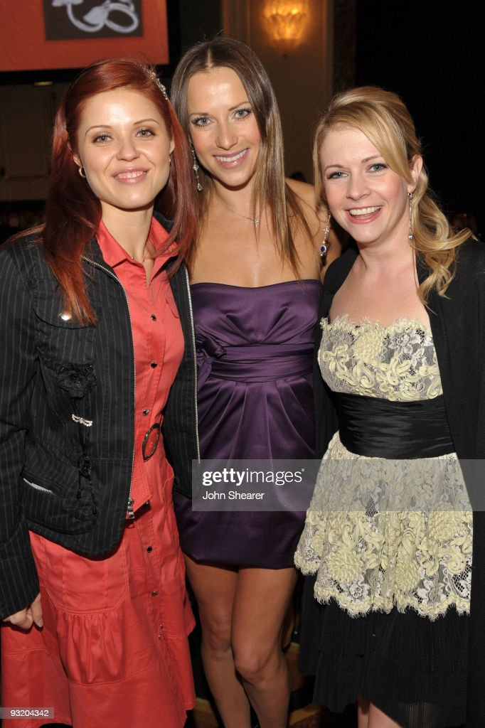 Ballroom dancer Anna Trebunskaya, ballroom dancer Edyta Sliwinska and honoree Melissa Joan Hart attend the 7th Annual Bag Ladies Luncheon benefitting Lupus LA at Beverly Wilshire Four Seasons Hotel on November 18, 2009 in Beverly Hills, California.