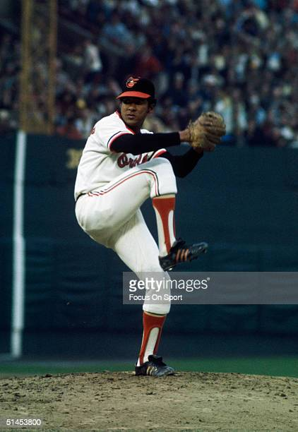 Baltimore Orioles' opening pitcher Mike Cuellar pitches against the Pittsburgh Pirates during game 7 of the World Series at Memorial Stadium in...
