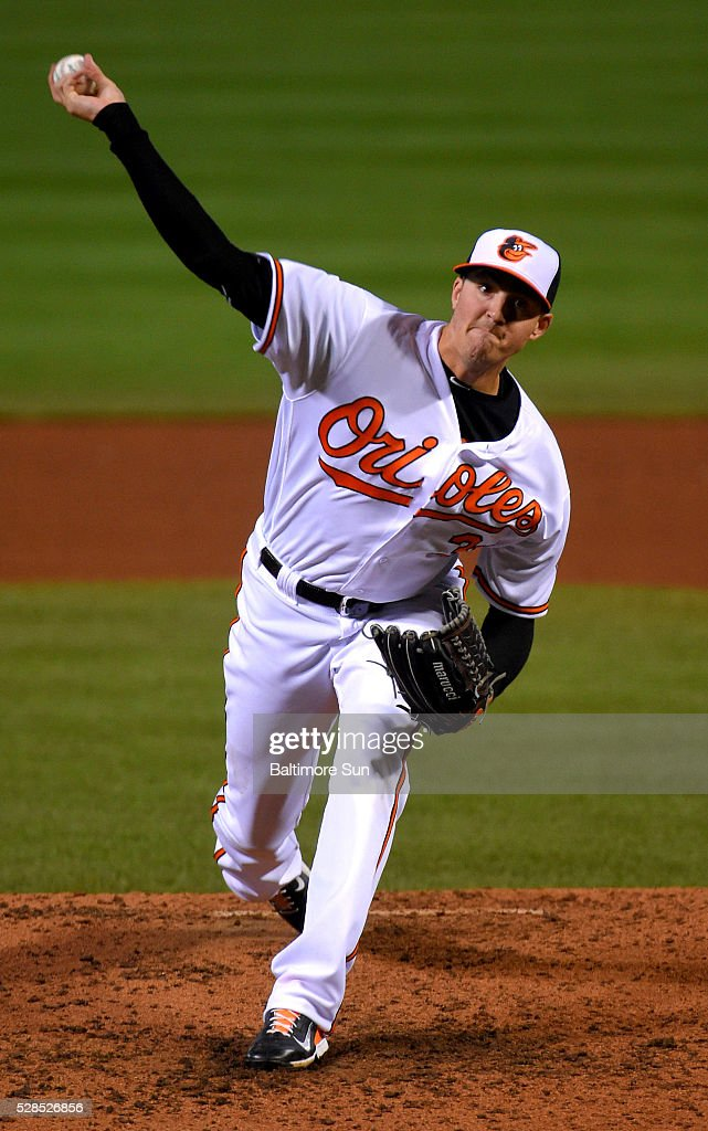 Baltimore Orioles starting pitcher Kevin Gausman throws against the New York Yankees at Oriole Park at Camden Yards in Baltimore on Thursday, May 5, 2016. The Orioles won, 1-0, in 10 innings.