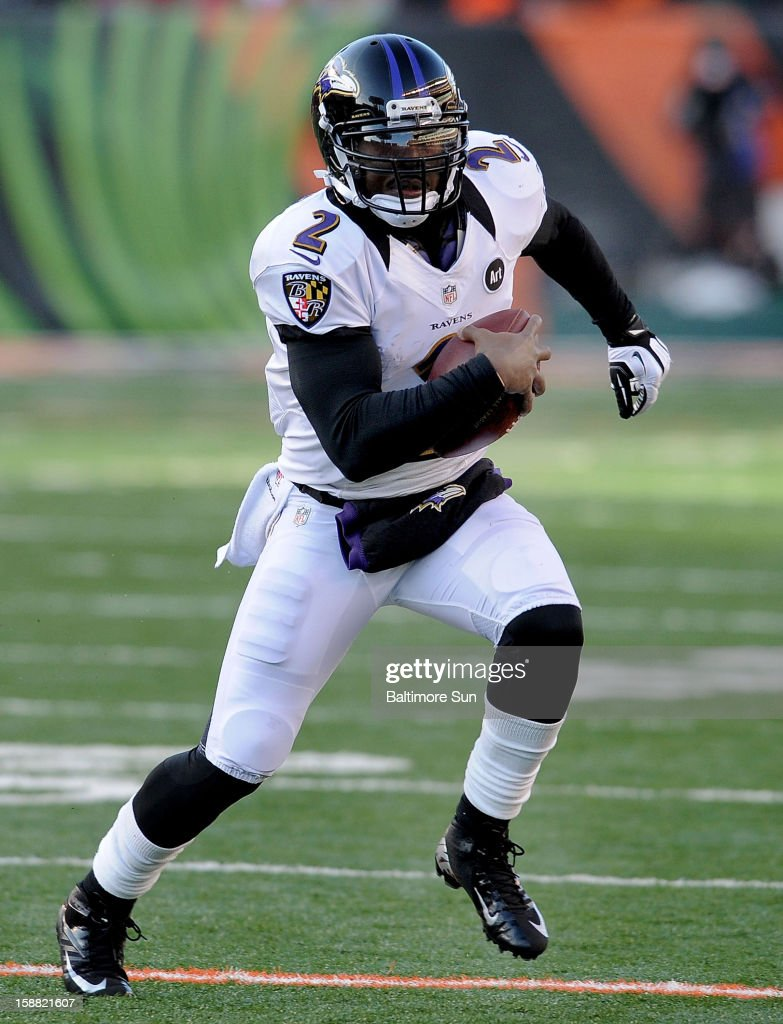 Baltimore Ravens quarterback Tyrod Taylor runs for a 15-yard gain against the Cincinnati Bengals at Paul Brown Stadium on Sunday, December 30, 2012, in Cincinnati, Ohio. The Cincinnati Bengals defeated the Baltimore Ravens, 23-17.