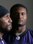 Baltimore Ravens Ra Lewis and Steve McNair pose for a portrait in Baltimore MD on Nov 17 2006