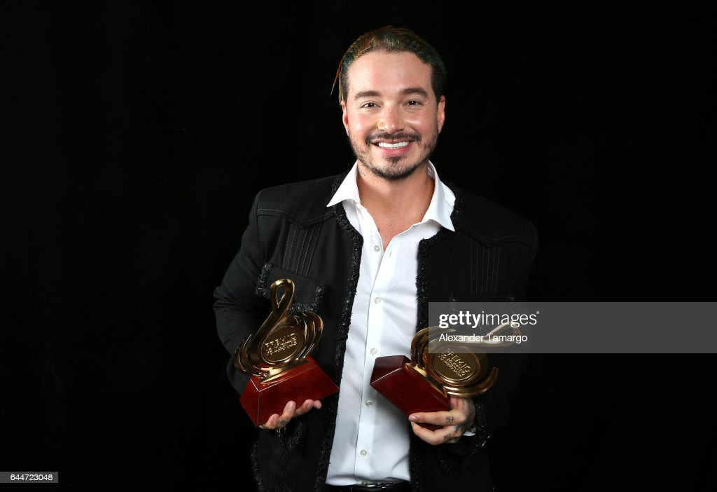J Balvin poses at Univision's 29th Edition of Premio Lo Nuestro A La Musica Latina at the American Airlines Arena on February 23, 2017 in Miami, Florida.