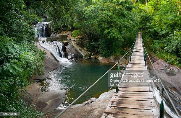 Bambarakiri Ella (falls), Rattota