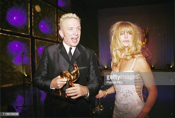Bambi Awards 1999 In Berlin Germany On November 10 1999JeanPaul Gaultier And Goldie Hawn