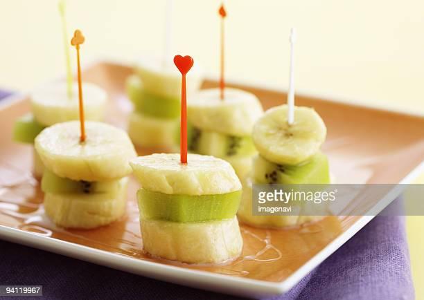 Banana and kiwi fruit dessert