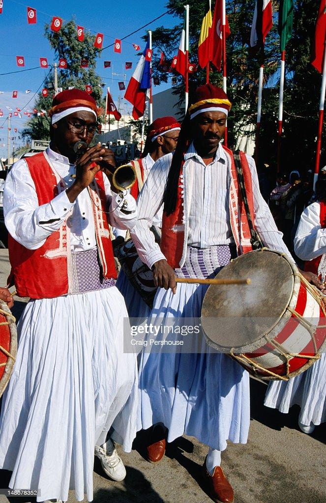 Band in street parade, Sahara Festival.