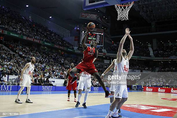Bangaly Fofana #21 of Strasbourg in action during the Turkish Airlines Euroleague Basketball Regular Season Round 10 game between Real Madrid v...