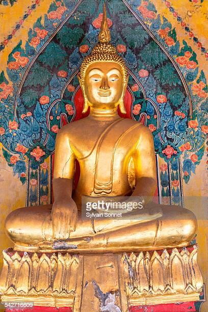 Bangkok, Buddha statue in Wat Arun