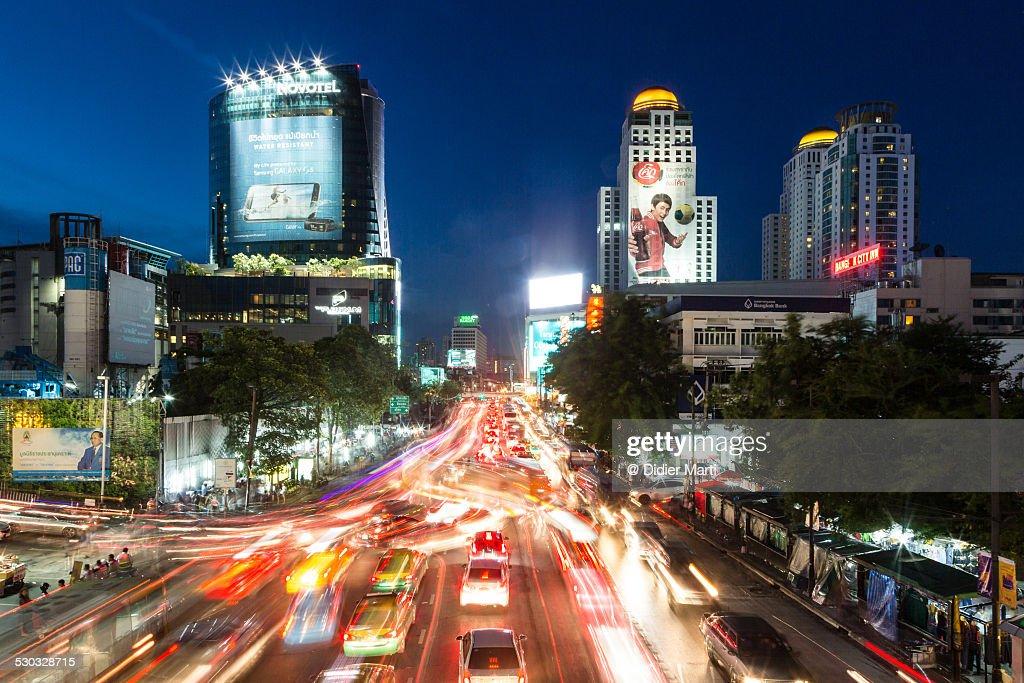 Bangkok crazy night rush : ストックフォト