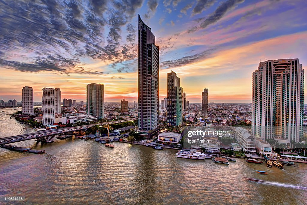 Bangkok striking new river skyline : Stock Photo