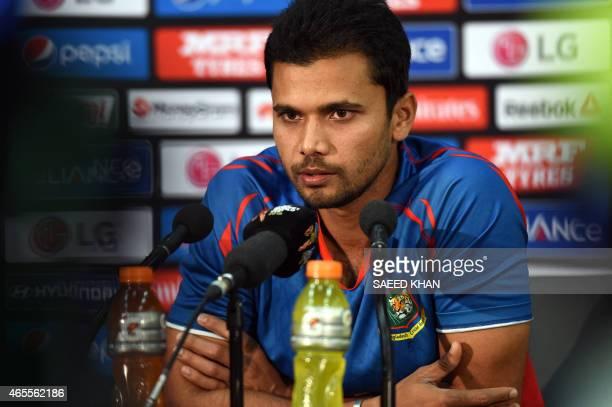 Bangladesh cricket team captain Mashrafe Mortaza speaks at press conference at Adelaide Oval on March 8 2015 AFP PHOTO / Saeed KHAN USE