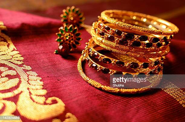 Bangles, hearings on saree