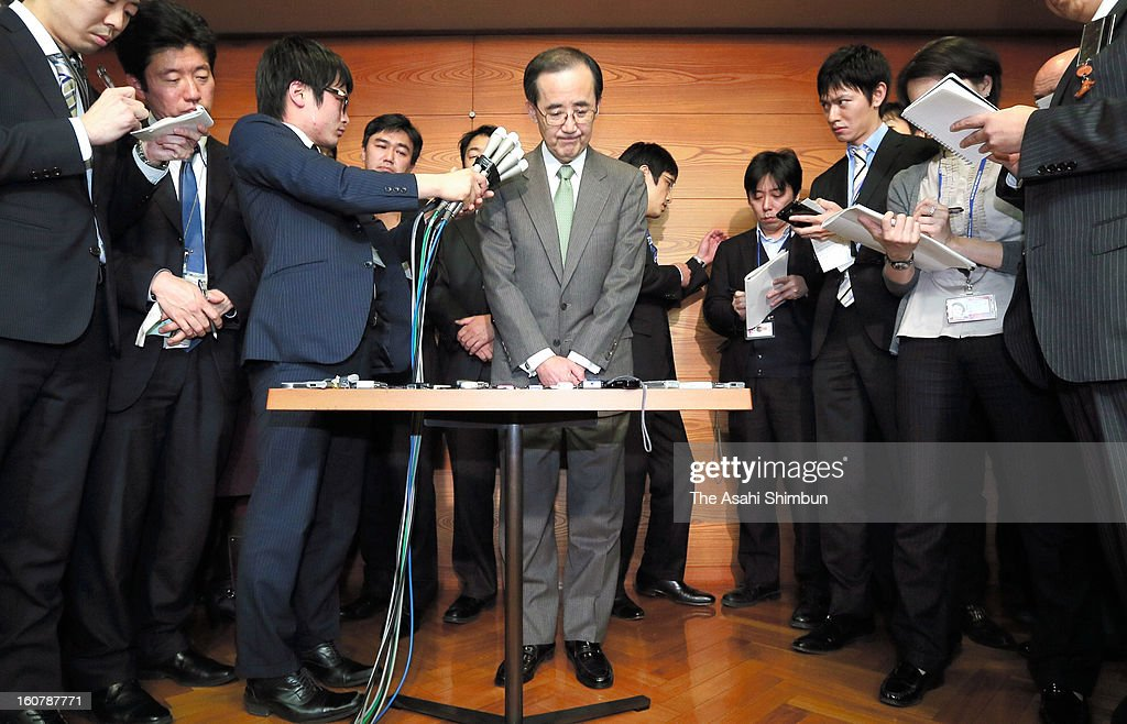 Bank of Japan governor Masaaki Shirakawa speaks to the media reporters after meeting with Prime Minister Shinzo Abe at BOJ headquarters on February 5, 2013 in Tokyo, Japan. Shirakawa offered to step down next month, before his term ends, to make a swift shift.