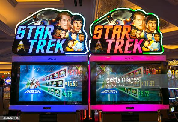 Star Trex Slot Machine - Play Real Casino Slots Online