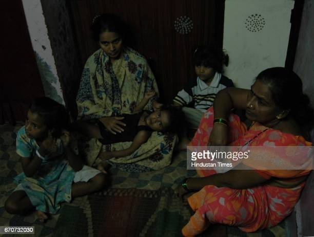 Bank Recovery Suicides Priyanka Sarvankar wife of Prakash Sarvankar with her three daughters at her room house in MIDC