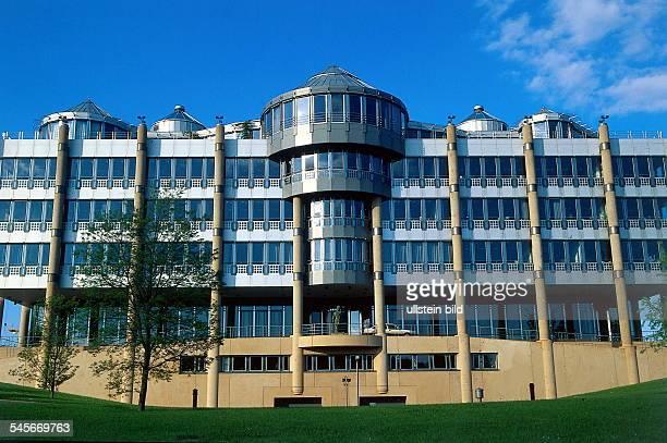 Bankenviertel auf dem Kirchberg Gebäude der Deutschen Bank Aussenansicht 1996