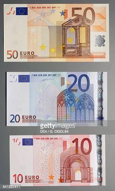 Banknotes of 5 20 euro reverse Europe 21st century