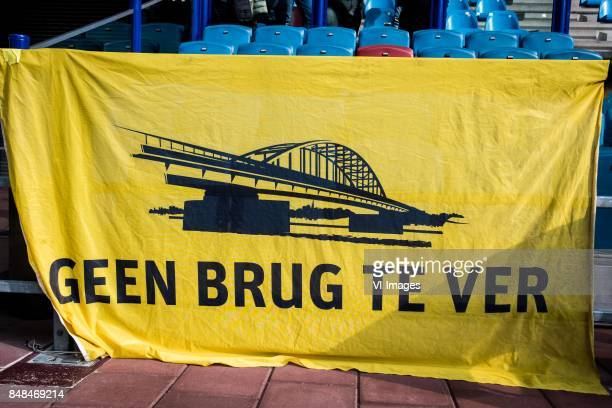 banner geen brug te ver during the Dutch Eredivisie match between Vitesse Arnhem and VVV Venlo at Gelredome on September 17 2017 in Arnhem The...