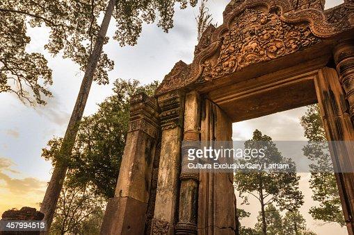 Banteay Srei Temple ruins, Angkor Wat Complex, Cambodia