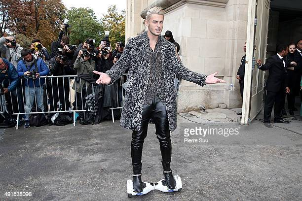 Baptiste Giabiconi arrives at the Chanel show as part of the Paris Fashion Week Womenswear Spring/Summer 2016 on October 6 2015 in Paris France