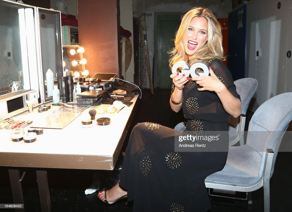 (PREMIUM RATES APPLY) Bar Refaeli backstage at the GQ Men of the Year Award at Komische Oper on October 26, 2012 in Berlin, Germany.