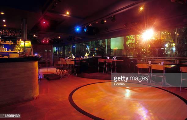Bar, restaurant et discothèque