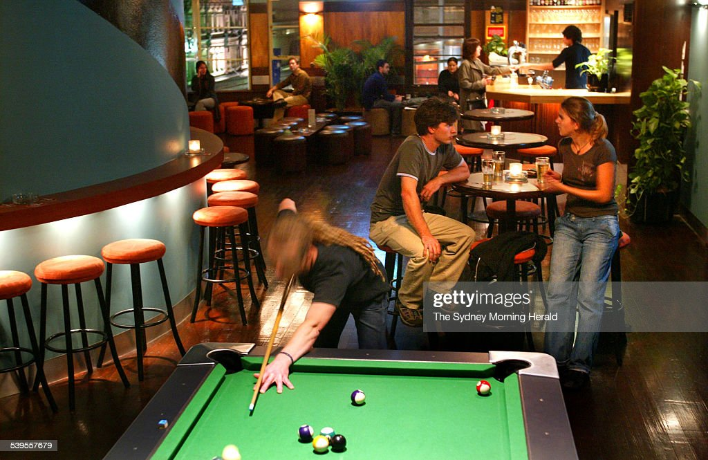 Bar Review At The Century Tavern On George St, Pool Table, Snooker, 21