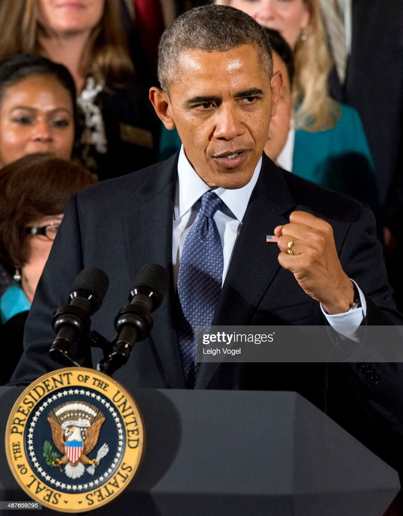 <a gi-track='captionPersonalityLinkClicked' href=/galleries/search?phrase=Barack+Obama&family=editorial&specificpeople=203260 ng-click='$event.stopPropagation()'>Barack Obama</a> presents the National Teacher of the Year Award at the White House on May 1, 2014 in Washington, DC.