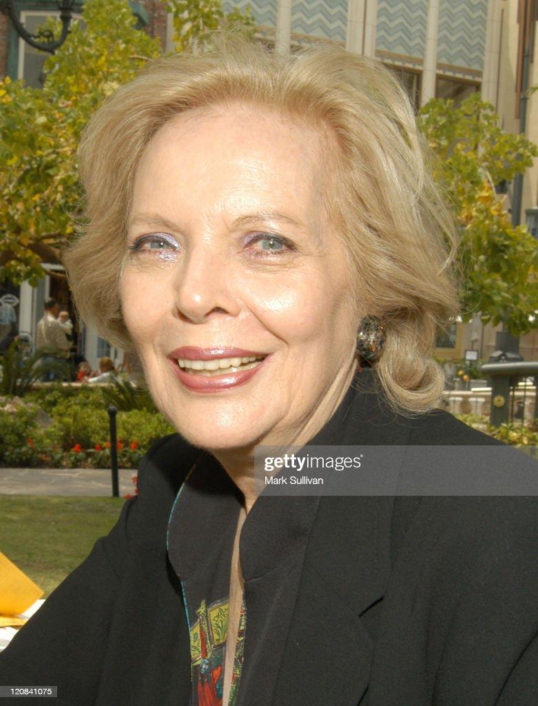 Barbara Bain salary