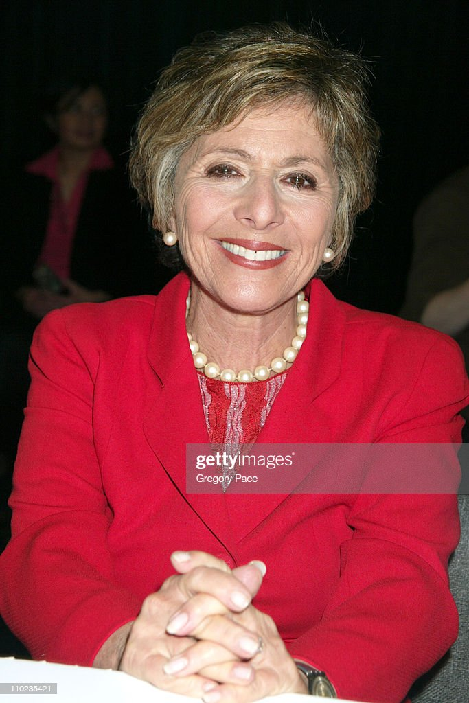 <a gi-track='captionPersonalityLinkClicked' href=/galleries/search?phrase=Barbara+Boxer&family=editorial&specificpeople=169888 ng-click='$event.stopPropagation()'>Barbara Boxer</a> during 2005 BookExpo America - Day One at Jacob Javits Center in New York City, New York, United States.