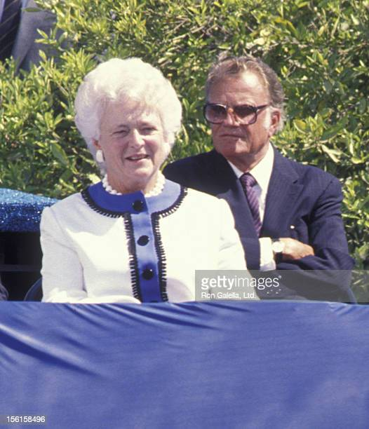 Barbara Bush attends Dedication to the Richard Nixon Library on July 19 1990 in Yorba Linda California