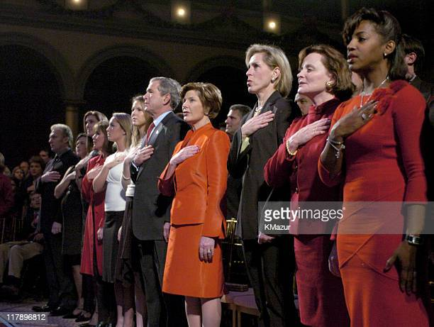 Barbara Bush Jenna Bush President George W Bush and First Lady Laura Bush with honored guests