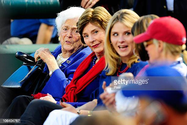 Barbara Bush Laura Bush and Jenna Bush family of former Presidents George HW Bush and George W Bush watch the Texas Rangers take on the San Francisco...