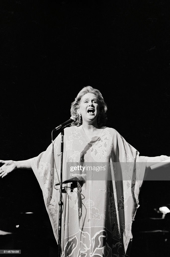 Barbara Cook performing.