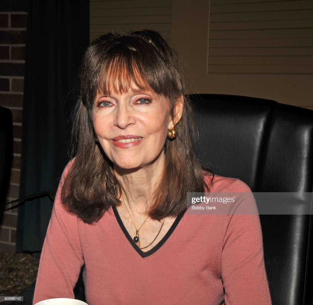 barbara feldon wikibarbara feldon 99, barbara feldon wiki, barbara feldon 2016, barbara feldon, barbara feldon get smart, барбара фелдон, barbara feldon net worth, barbara feldon death, barbara feldon murio, barbara feldon commercial, barbara feldon imdb, barbara feldon hot, barbara feldon photos, barbara feldon biografia, barbara feldon measurements
