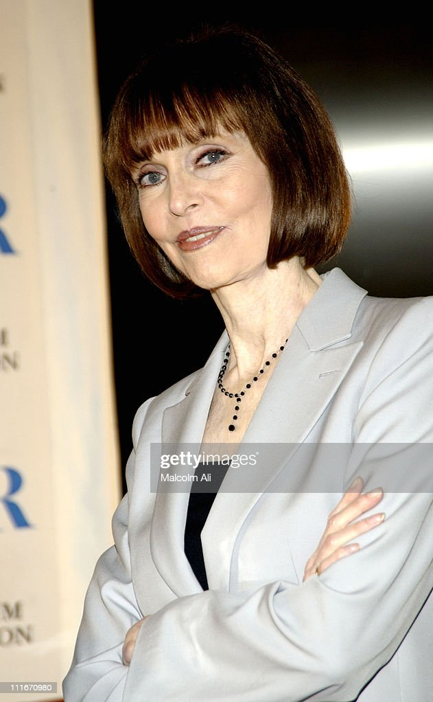 барбара фелдонbarbara feldon 99, barbara feldon wiki, barbara feldon 2016, barbara feldon, barbara feldon get smart, барбара фелдон, barbara feldon net worth, barbara feldon death, barbara feldon murio, barbara feldon commercial, barbara feldon imdb, barbara feldon hot, barbara feldon photos, barbara feldon biografia, barbara feldon measurements