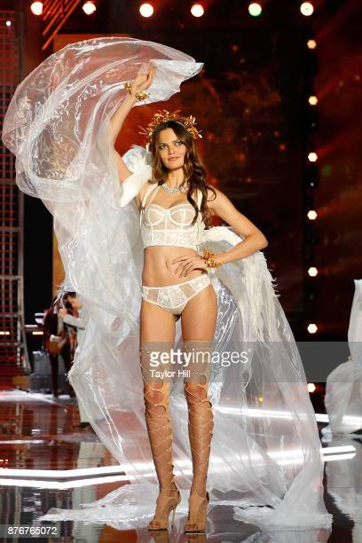 Barbara Fialho walks the runway during the 2017 Victoria's Secret Fashion Show at MercedesBenz Arena on November 20 2017 in Shanghai China