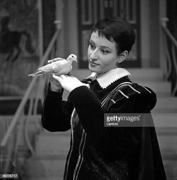 Barbara French singer in 'Le Jeu des Dames' by Albert Willemetz Petit Theatre de Paris November 1960
