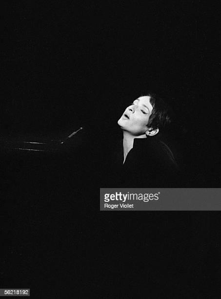 Barbara French singer