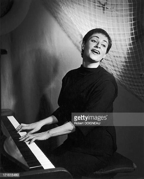 Barbara In L Ecluse Her First Cabaret In 1957