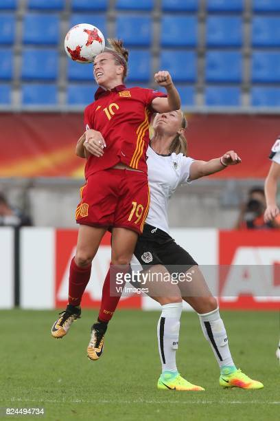 Barbara Latorre of Spain Sarah Puntigam of Austria women during the UEFA WEURO 2017 quarter finale match between Austria and Spain at Koning Willem...