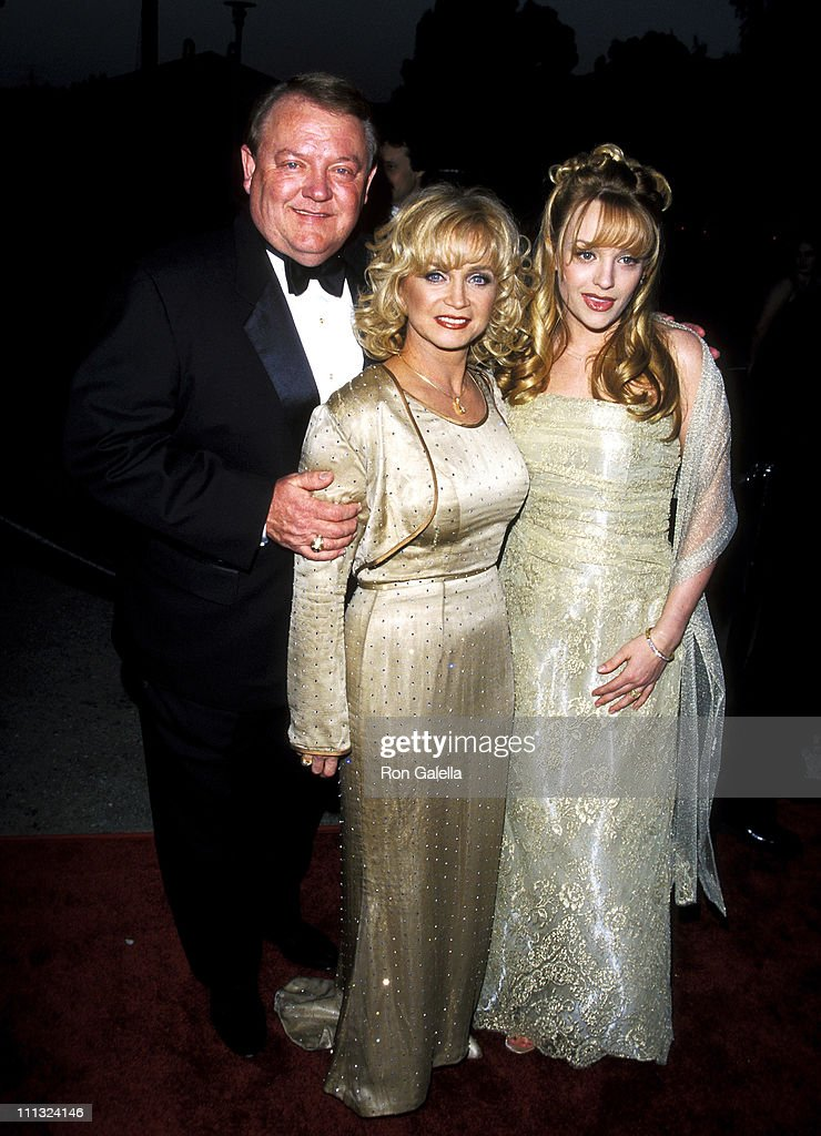 <a gi-track='captionPersonalityLinkClicked' href=/galleries/search?phrase=Barbara+Mandrell&family=editorial&specificpeople=215134 ng-click='$event.stopPropagation()'>Barbara Mandrell</a>, Ken Dudney and daughter Jaime Nicole Dudney