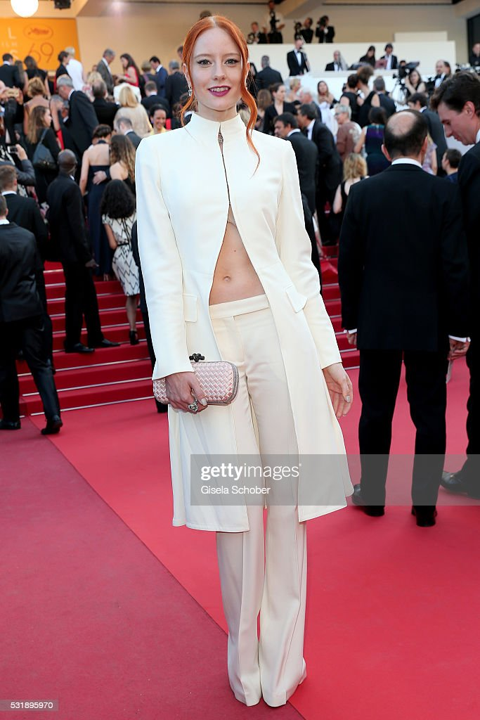 Barbara Meier attends the 'Julieta' premiere during the 69th annual Cannes Film Festival at the Palais des Festivals on May 17, 2016 in Cannes, France.
