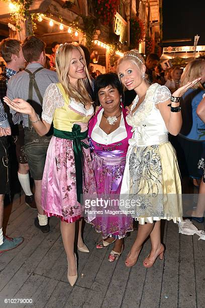 Barbara Osthoff Narumol and designer Tina Hintze at the Kaeferschaenke beer tent during the Oktoberfest at Theresienwiese on September 24 2016 in...