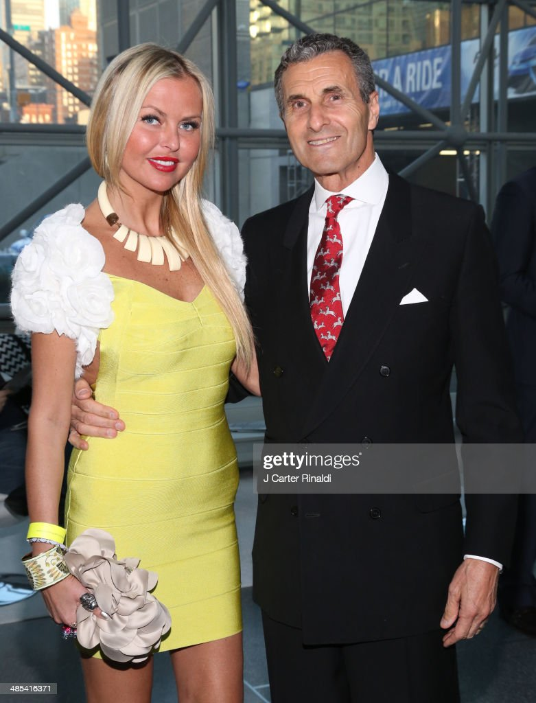 Barbara Regna and Peter Regna attend the East Side House Gala Preview during the 2014 New York Auto Show at the Jacob Javits Center on April 17, 2014 in New York City.