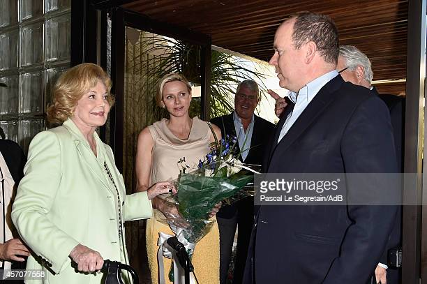 Barbara Sinatra greets Prince Albert II of Monaco and Princess Charlene of Monaco during a visit to the Barbara Sinatra Children's Center on October...