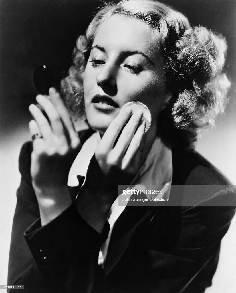 <a gi-track='captionPersonalityLinkClicked' href=/galleries/search?phrase=Barbara+Stanwyck&family=editorial&specificpeople=90352 ng-click='$event.stopPropagation()'>Barbara Stanwyck</a> stars in the 1937 film, Stella Dallas.
