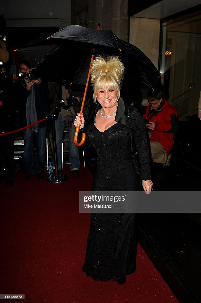 Laurence Olivier Awards 2008 - Arrivals