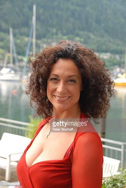 Barbara Wussow ARD/ORFReihe 'Lilly Schönauer' Folge 7 'Heimkehr ins Glück' Arbeitstitel 'Hochzeit am See' 'Club Landskron' Ossiacher See Kärnten...